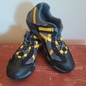 ECCO Receptor Technology Hiking/Walking Shoes